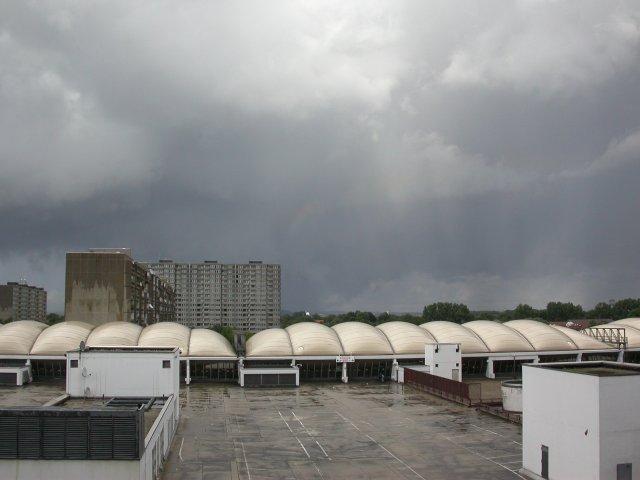 sich auflösender Tornado